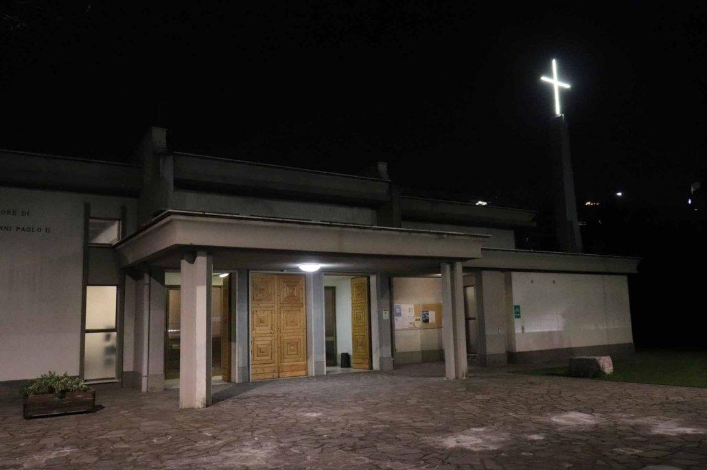 Esterno Chiesa notte