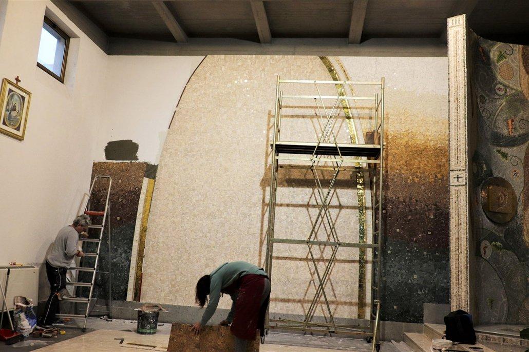 Lavori Mosaico Crocifisso 3